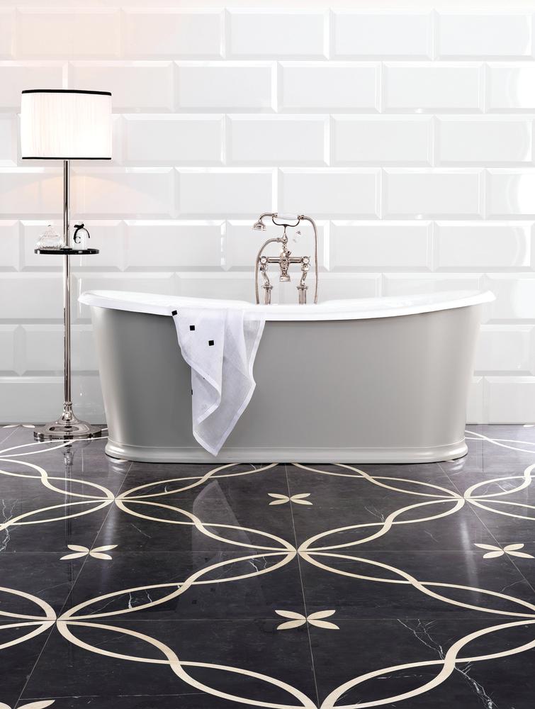 Regal Bathtub