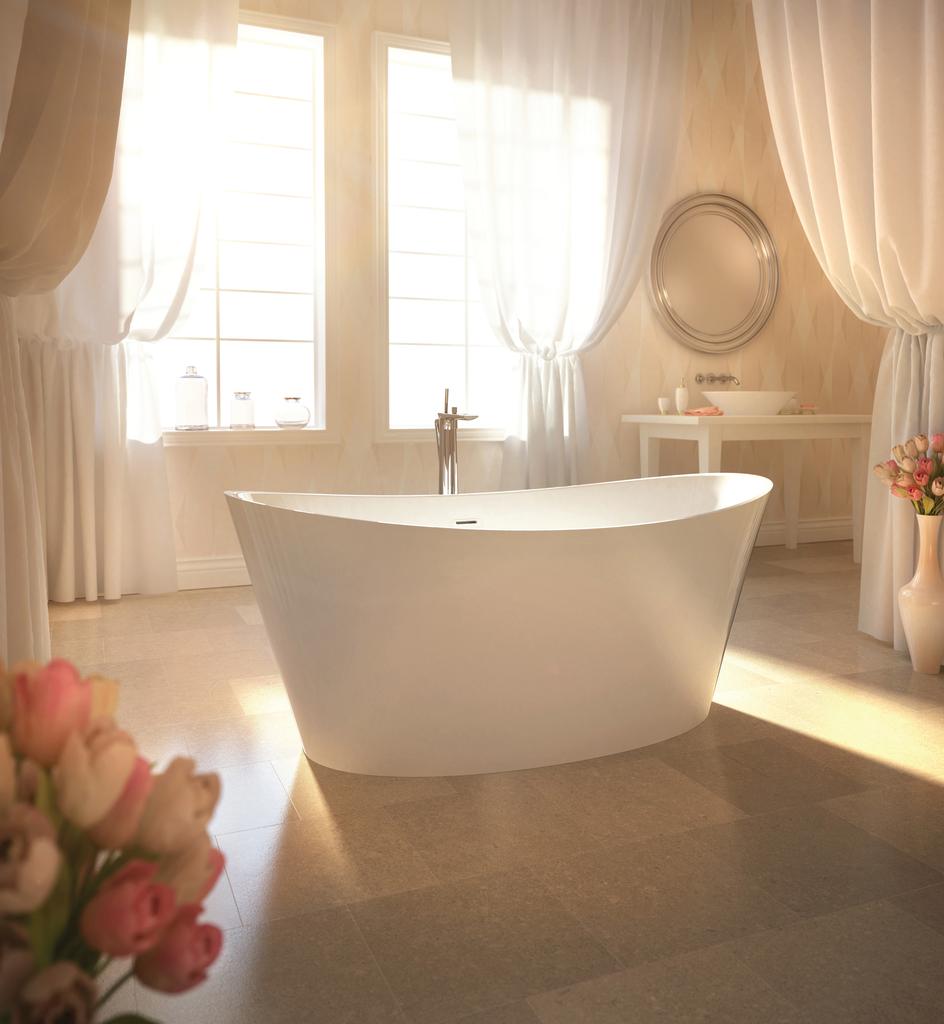 Compact bathtub