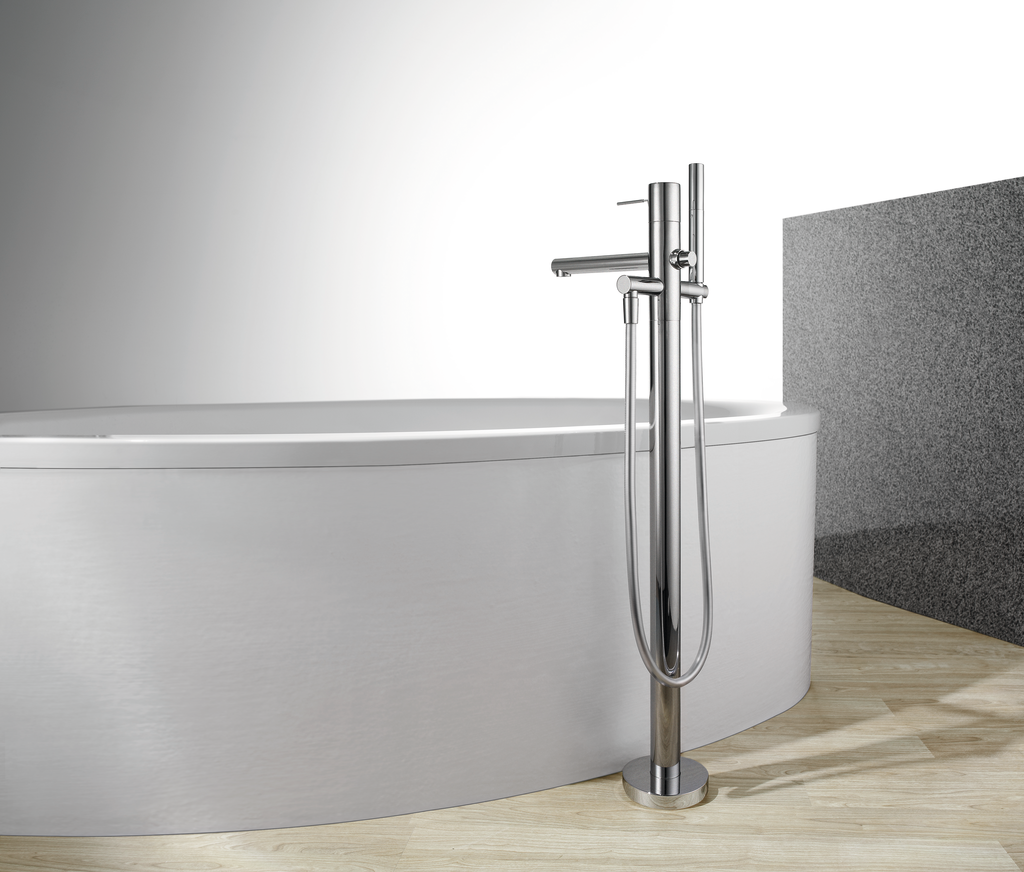 Tub filler offers more control