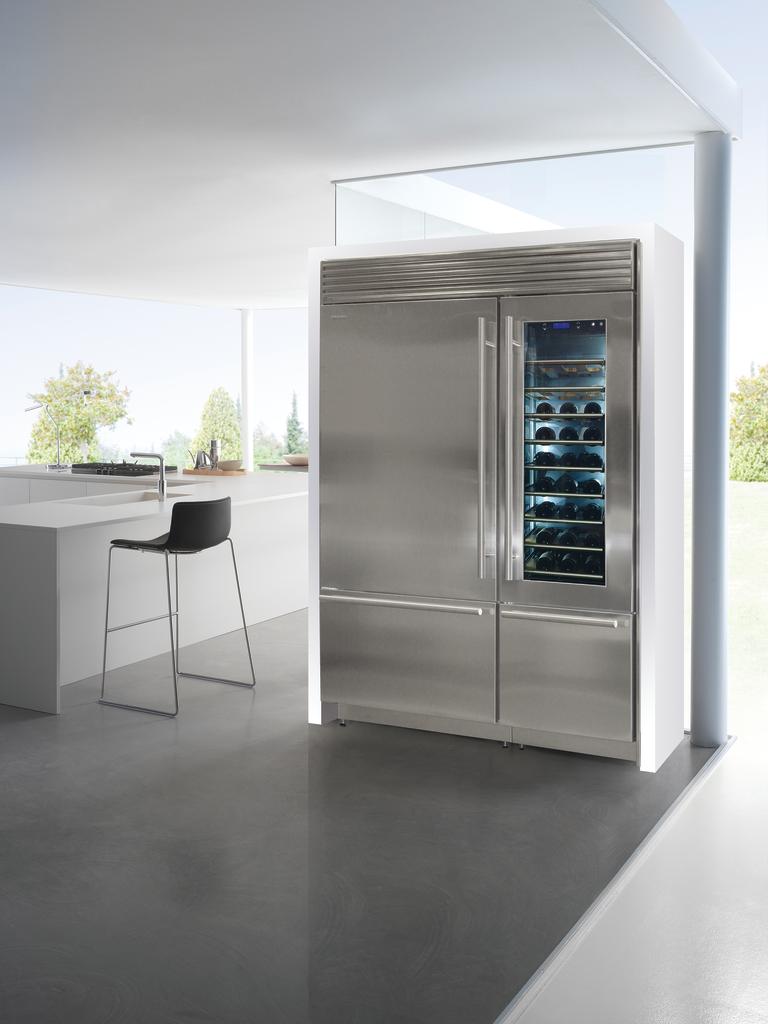 XPro Series Refrigerators
