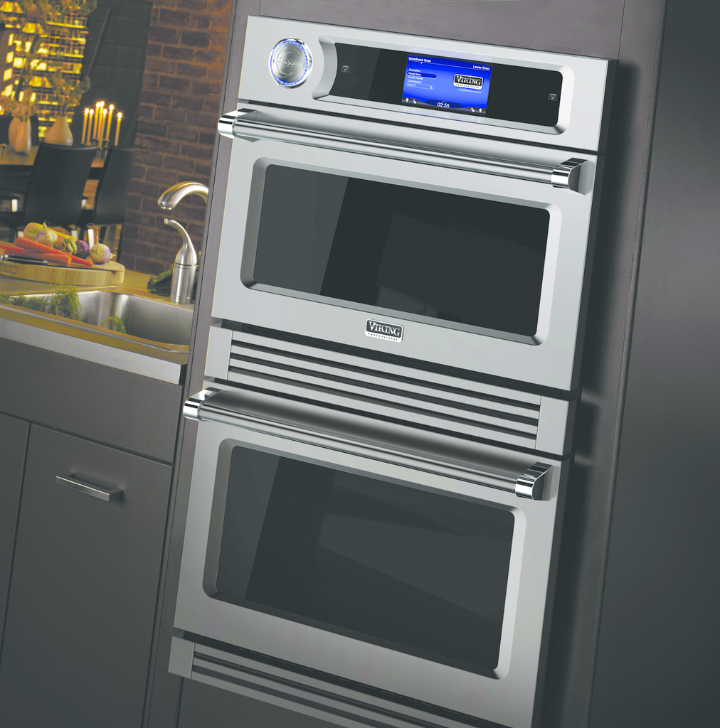 Oven with high speed cooking technology