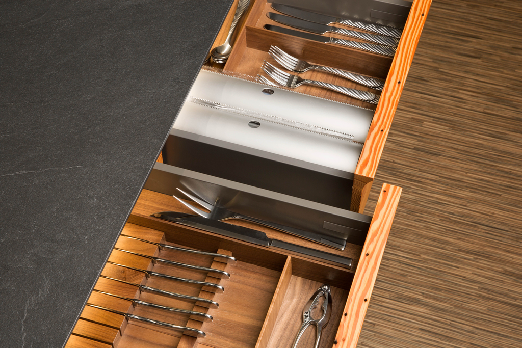Fineline Drawer System