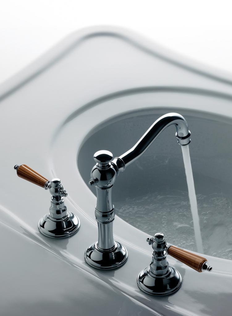 Revere Wood Faucet