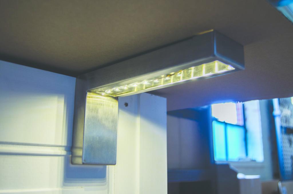 Illuminated Countertop Support Bracket