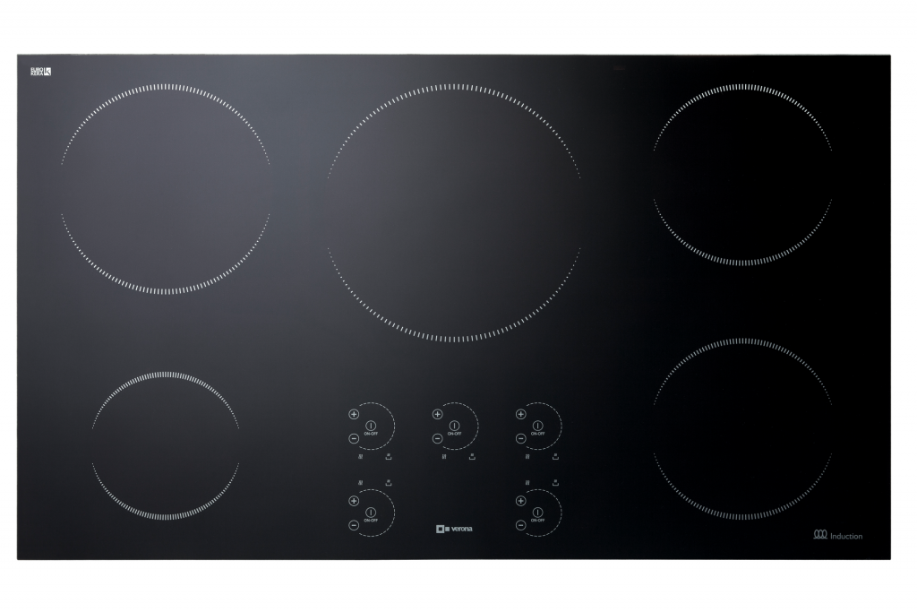 Induction cooktop with pan detection system