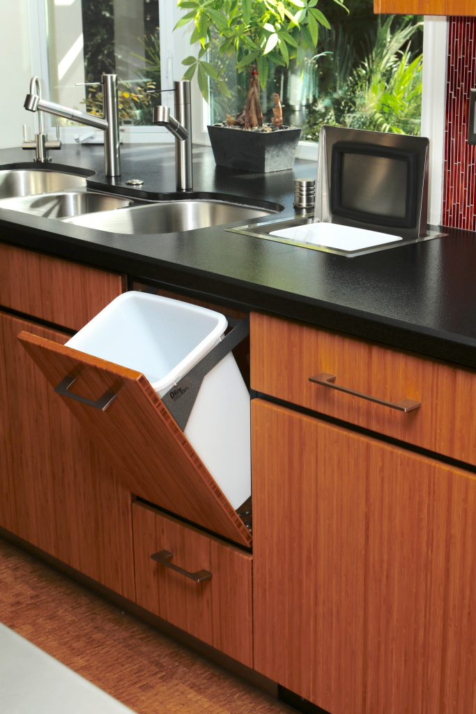 Countertop Waste System