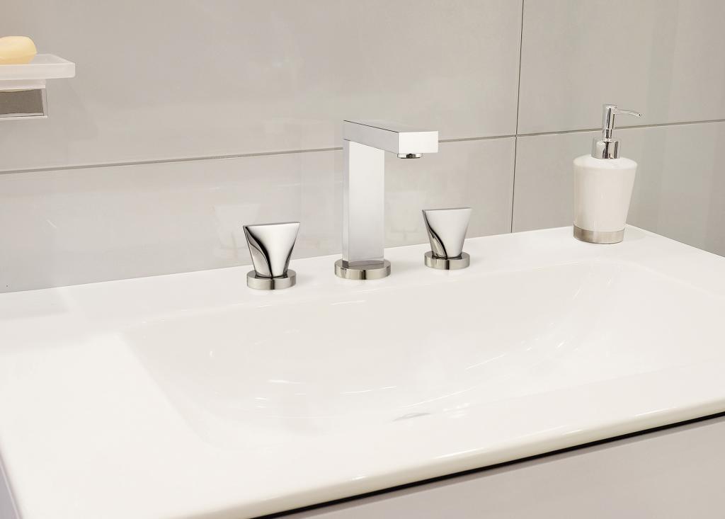Extend Bath Faucet Collection