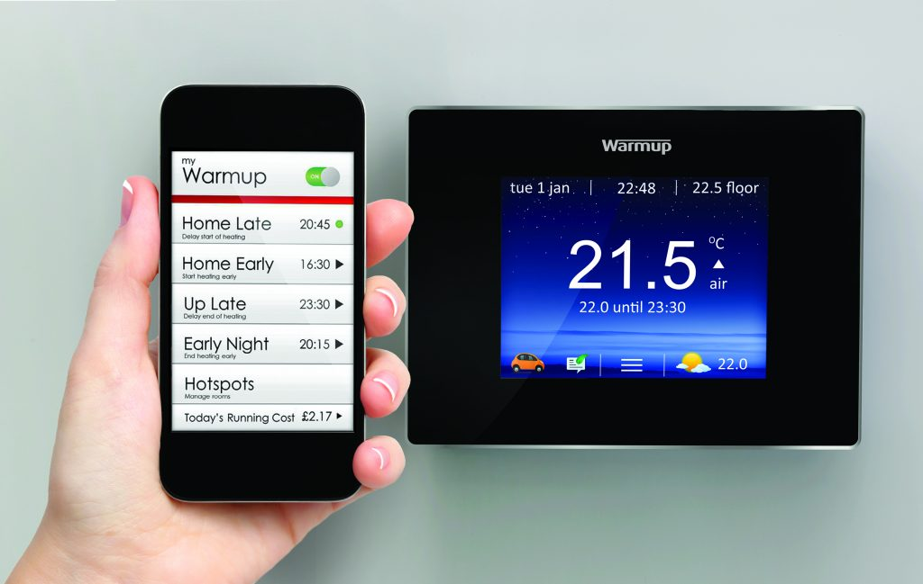 Thermostat learns household schedules