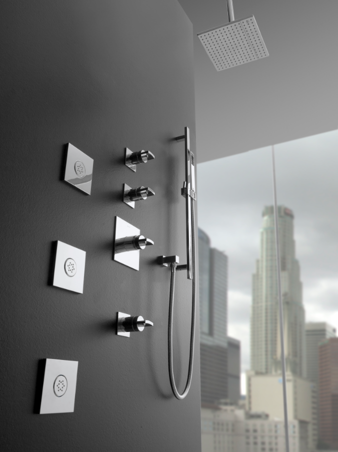 Sade Contemporary Shower Set