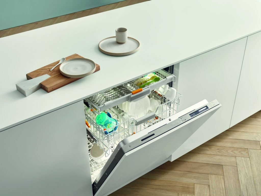 High Efficiency Connected Dishwashers