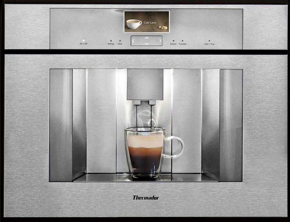 Programmable, automatic coffee machine