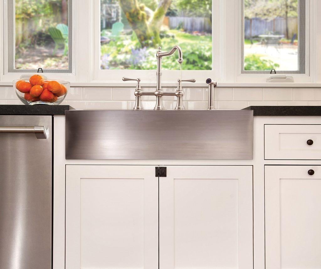 Drawer-Depth Apron Front Sink