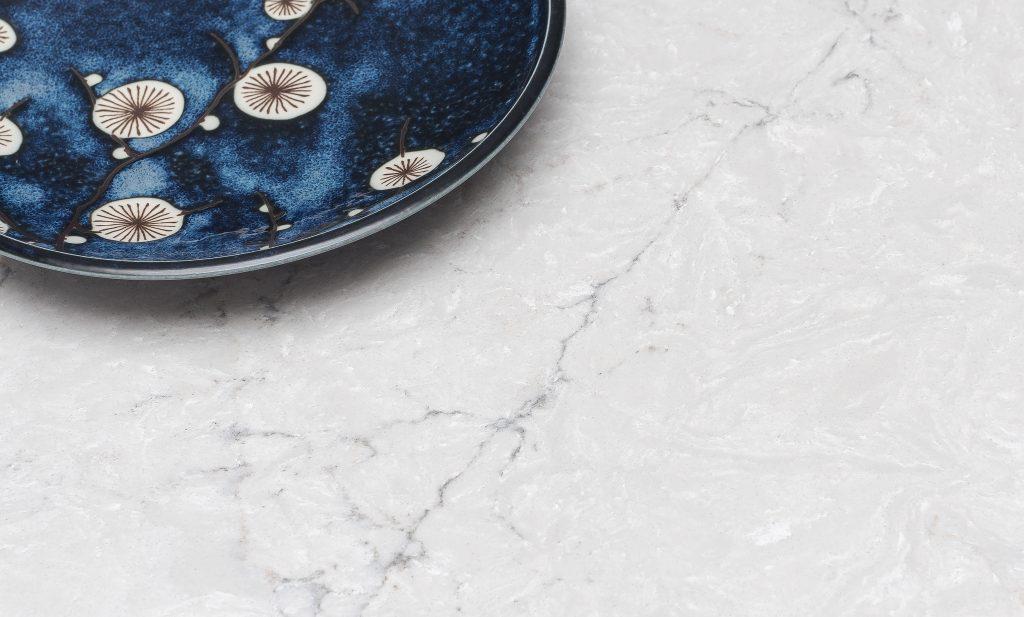 Quartz Mimics Natural Stone