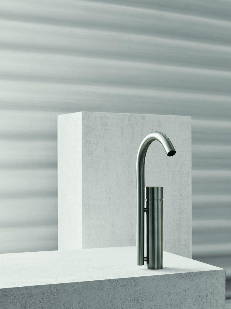 Floating Bath Faucet