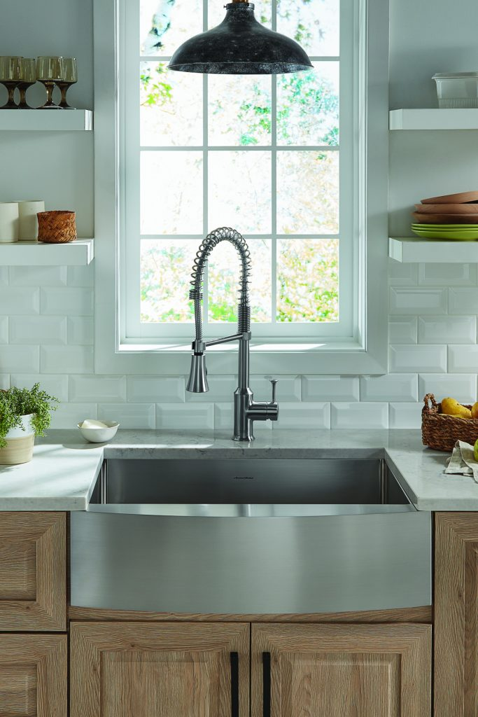 Stainless steel apron front sinks