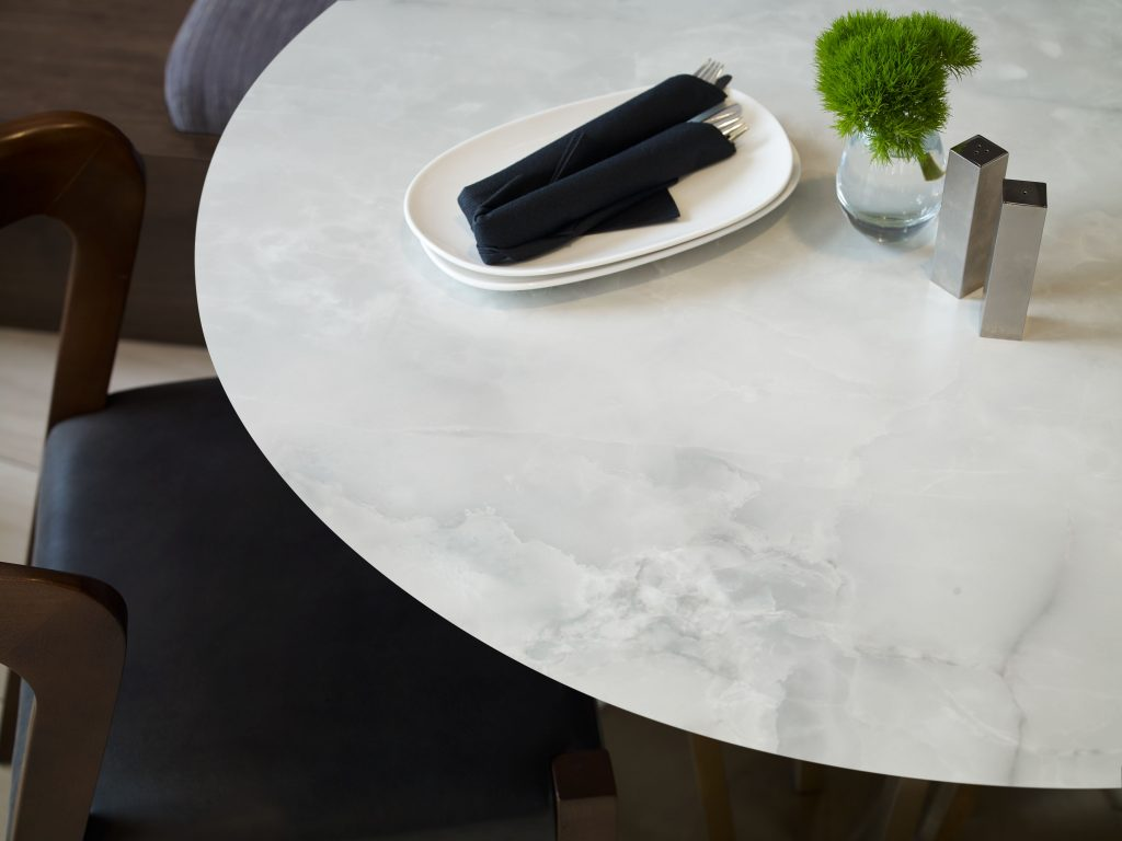 Translucent Onyx Patterned Counters