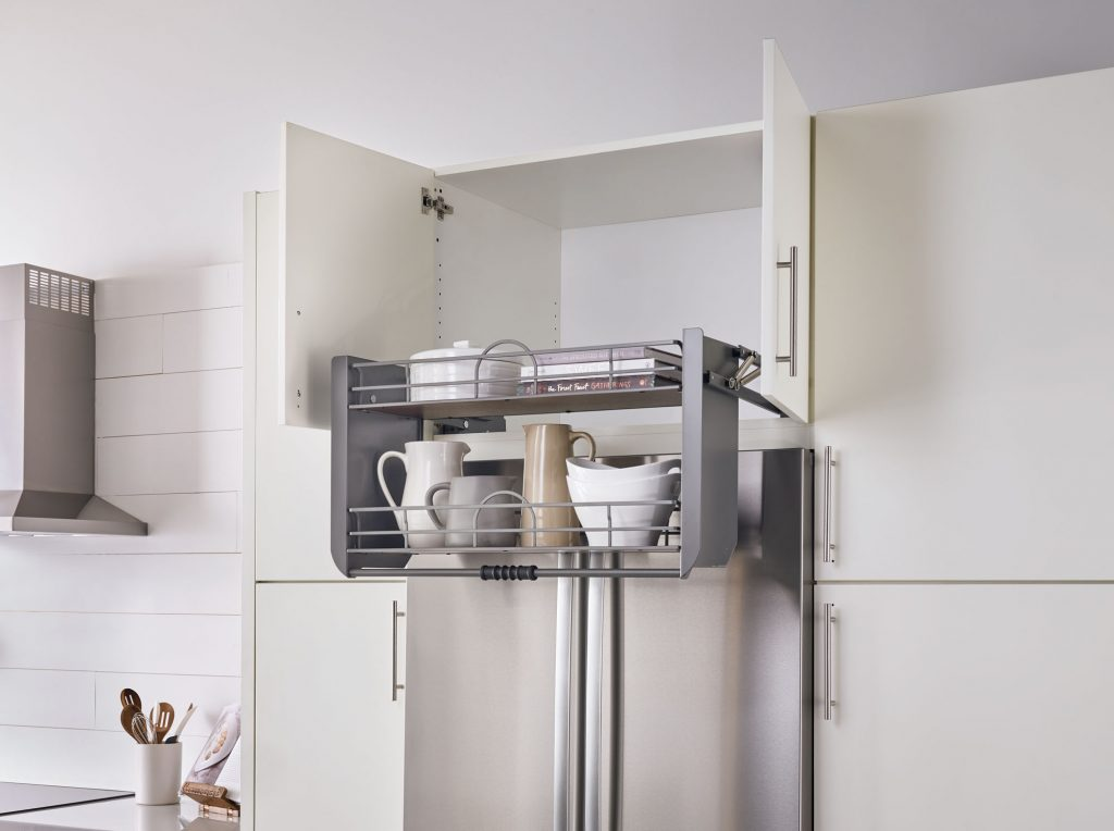 Pull-down shelving system in two sizes