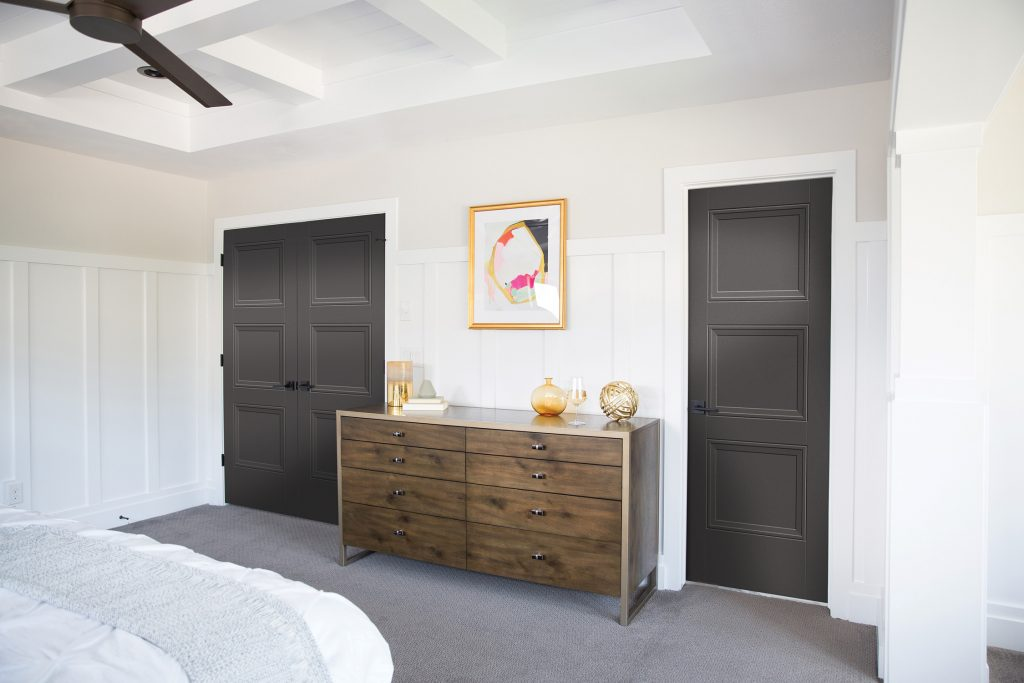 Interior door makes design statement