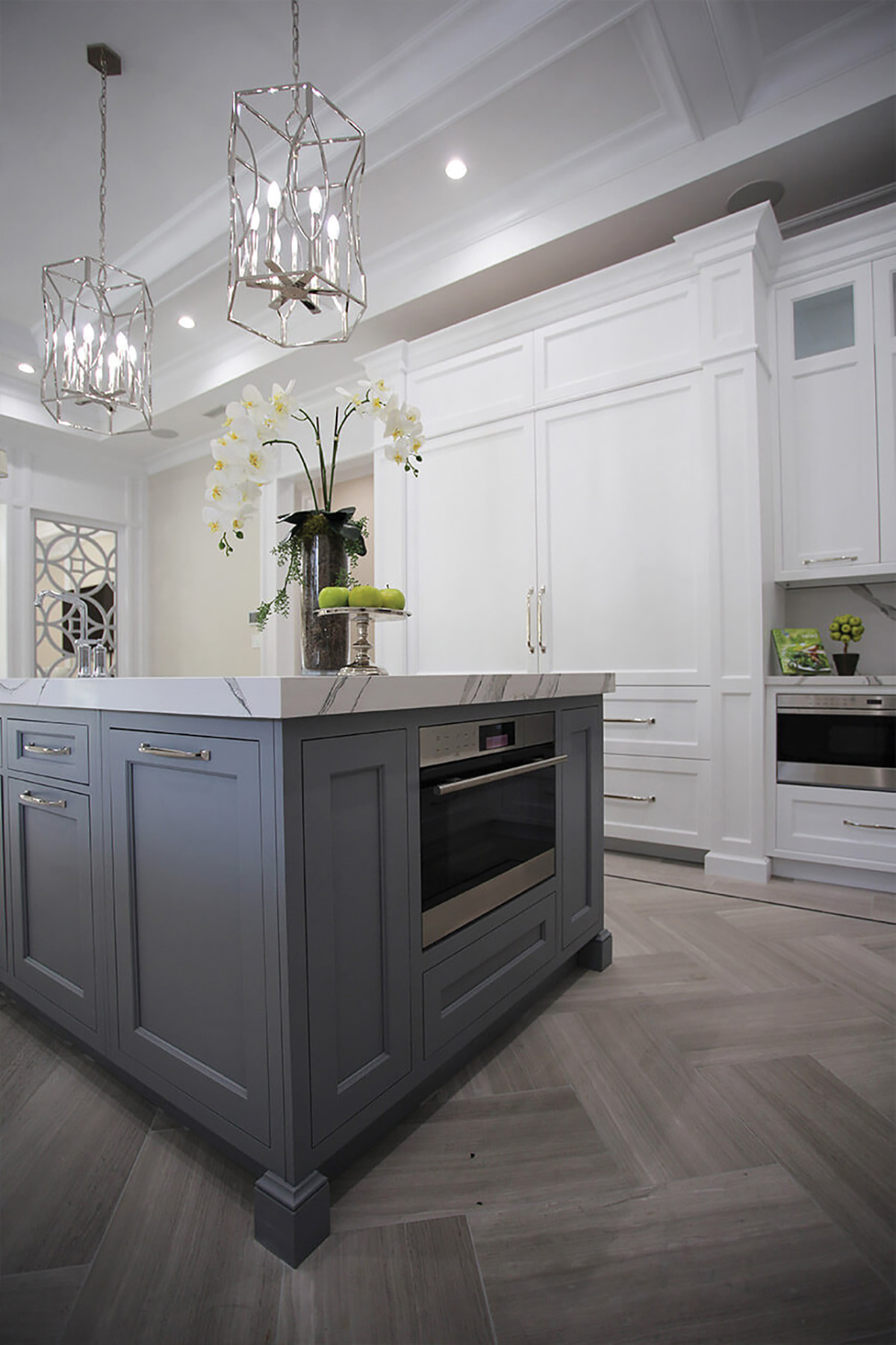 OakLn-Kitchen-Island-closeup-Vertical