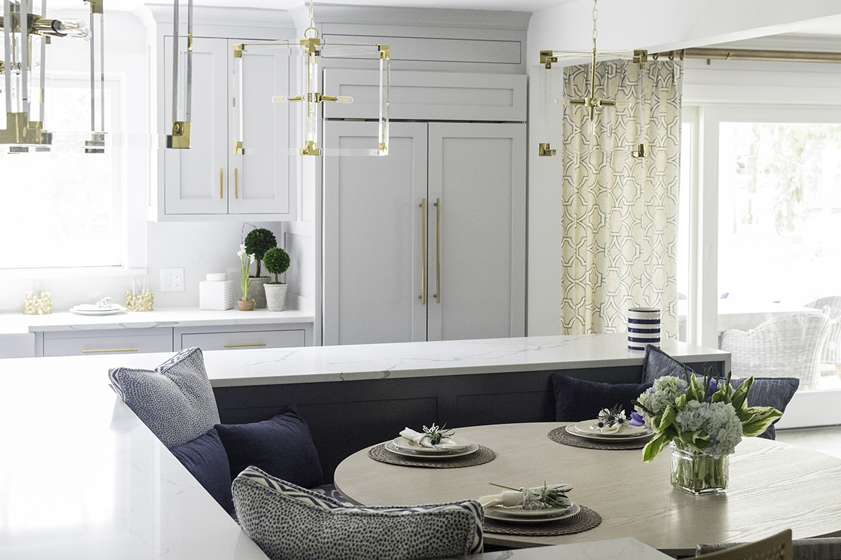 Multi-Functioning Banquette