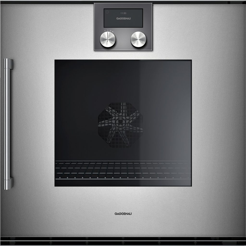 Wall oven engineered with urban lifestyle in mind