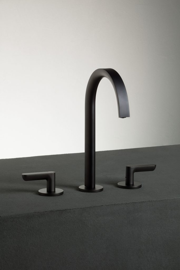 Icona Kitchen Faucets