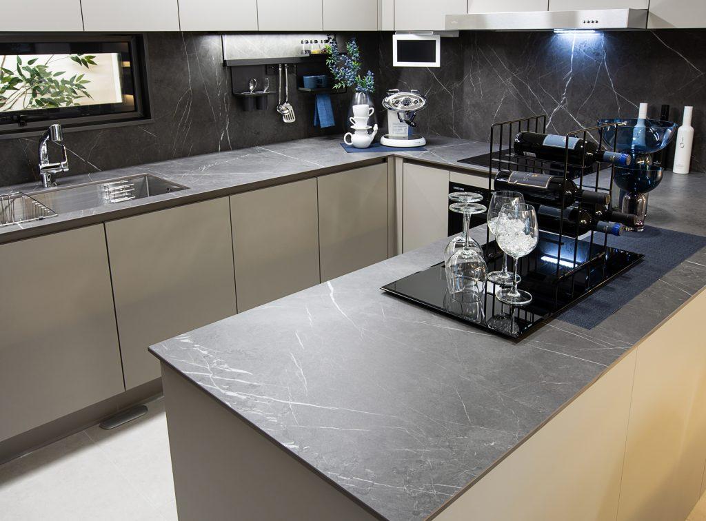 Sintered surface line delivers striking design aesthetics