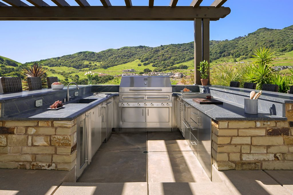 Outdoor Living Kitchen Design Considerations Remodeling Industry News Qualified Remodeler
