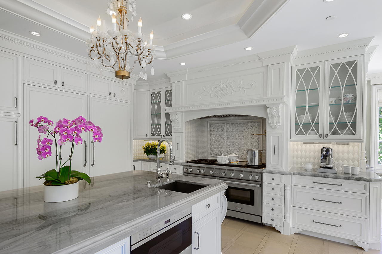 Christopher_Grubb_Traditional kitchen view 4