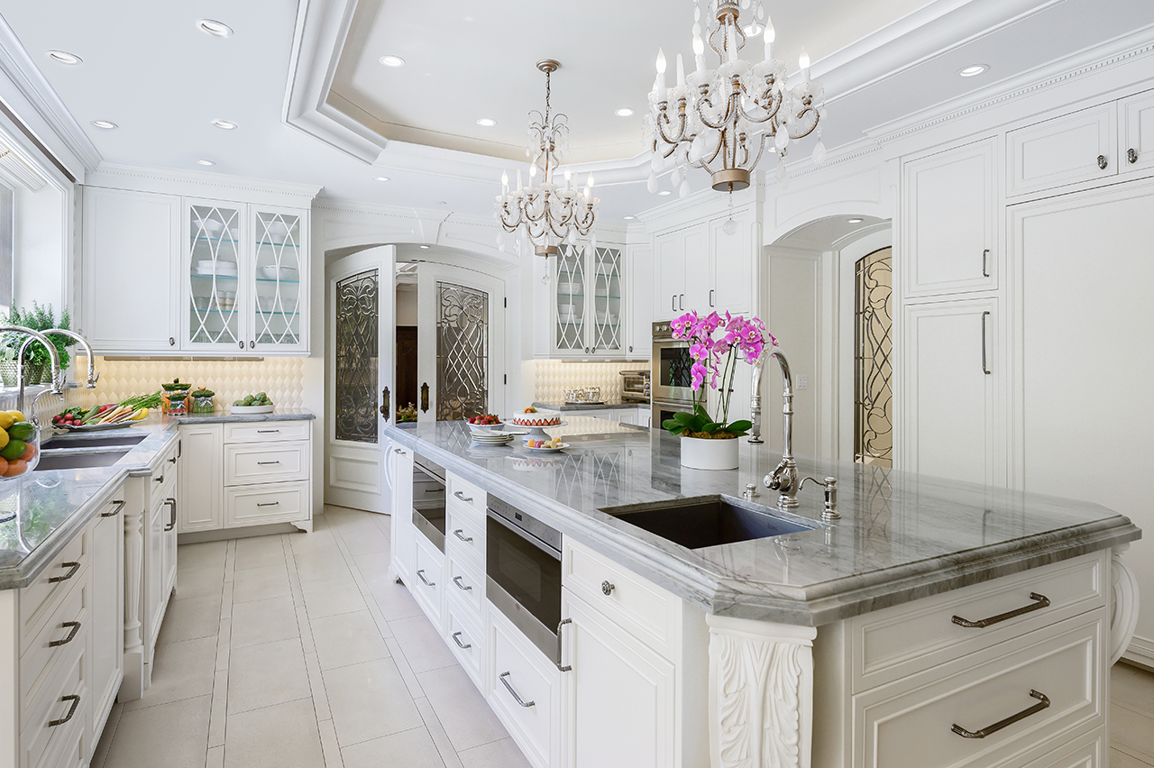 Christopher_Grubb_Traditional kitchen view 6