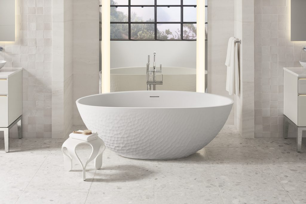 Stone-Look Tub