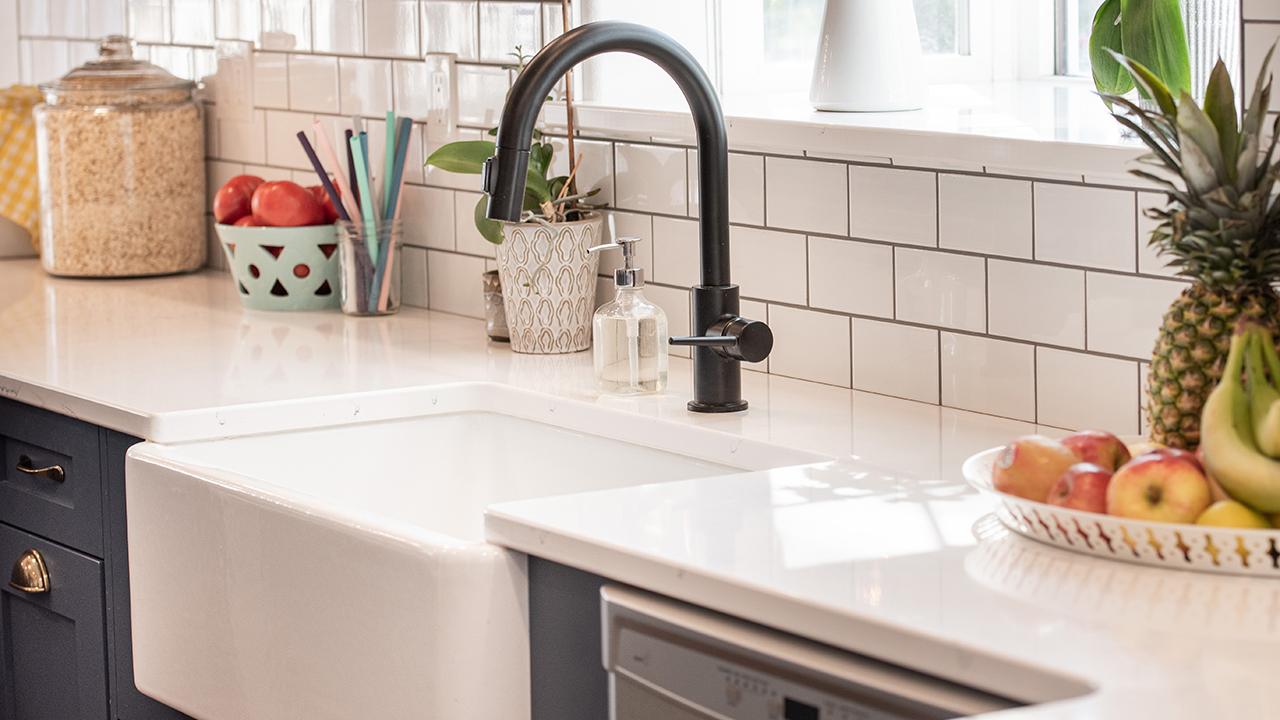 Ealy-Construction-farmhouse-sink