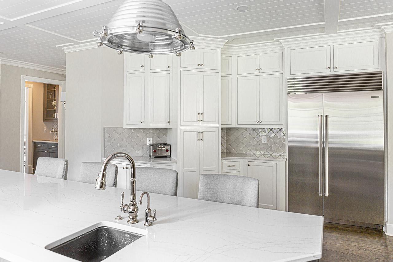 Hogan-Design_three quarter kitchen