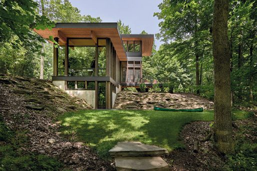 Case Study: The Lawless Retreat by Searl Lamaster Howe Architects