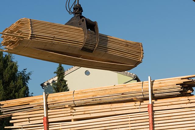 Home Builders Applaud Canadian Lumber Tariff Cuts