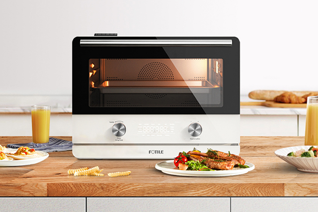 Steam-combi oven offers functionality
